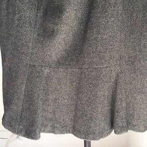 Wool Tweed brown peplum skirt.